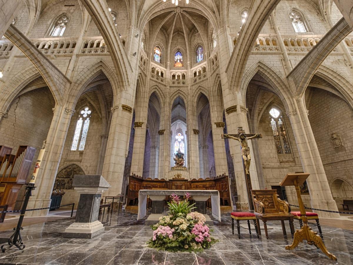 Catedral de Santa María en Vitoria-Gasteiz interior.
