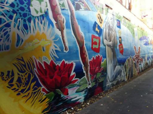 Somos agua mural en Vitoria